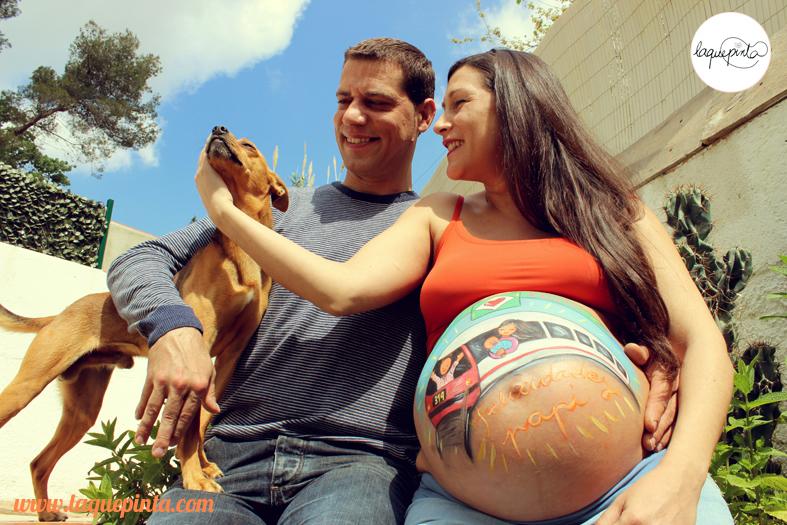 Belly painting para embarazadas a domicilio con sesión de fotos de La que pinta en Barcelona