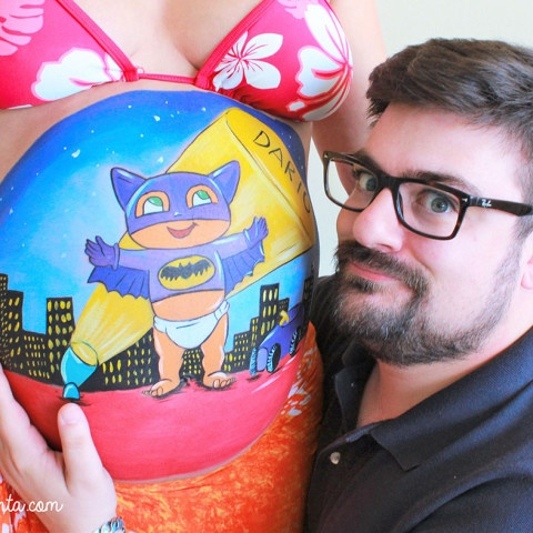 Belly painting mini Batman