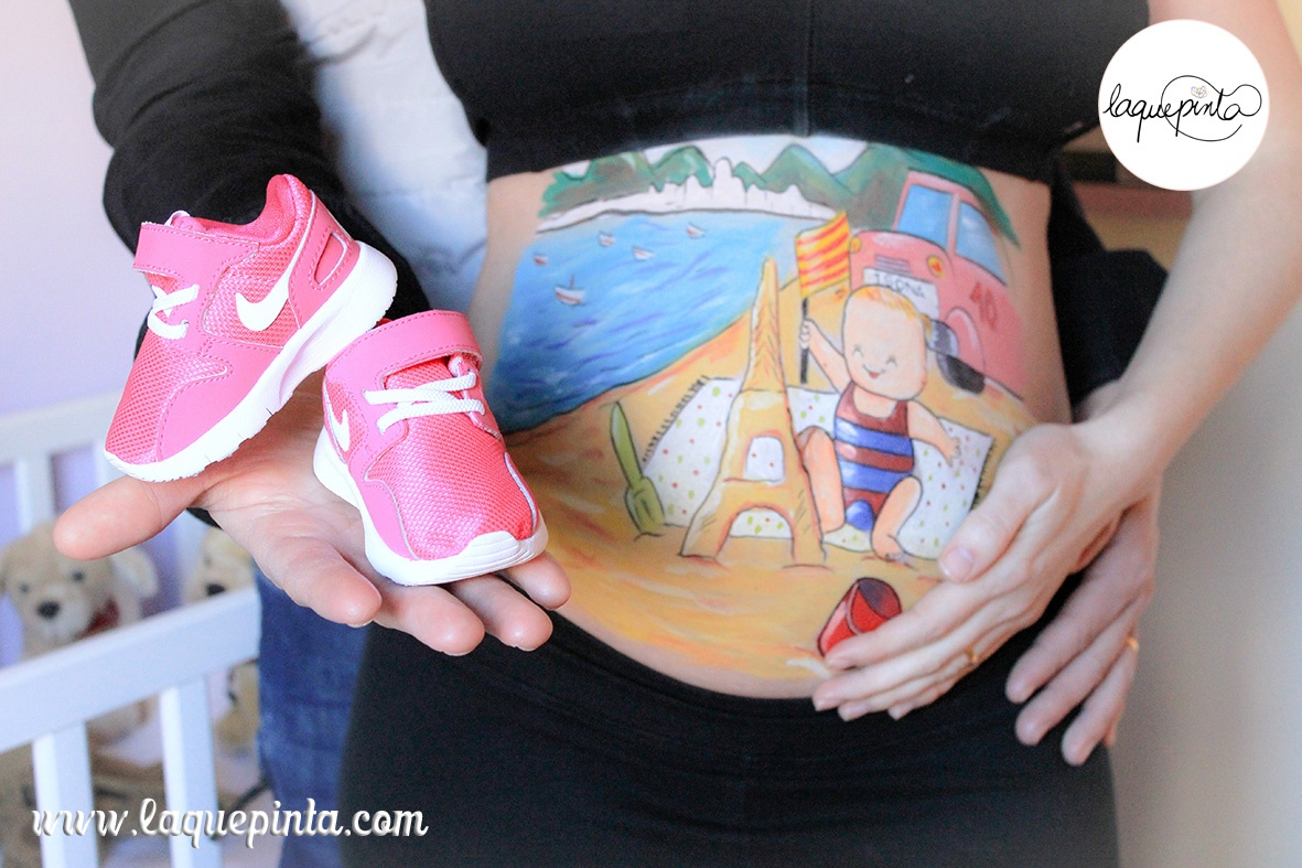 Belly painting bebé con castillo de arena