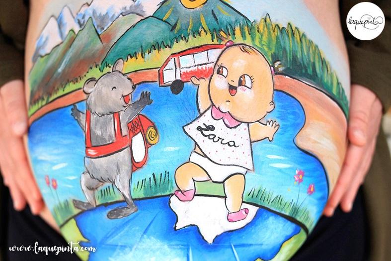 Belly painting para embarazada con dibujo 100% personalizado y a domicilio de La que pinta en Barcelona con sesión de fotos de recuerdo del embarazo y la barriga pintada. ¡El mejor regalo para la futura mamá! Una experiencia única y un recuerdo inolvidable del embarazo.