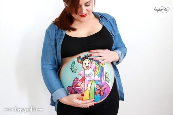 Belly painting de bebé arcoíris
