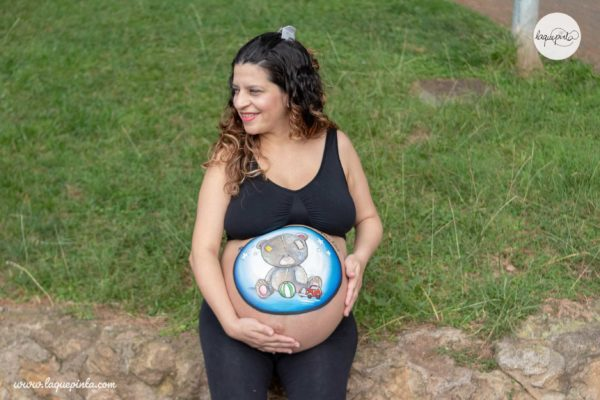 belly painting de osito de peluche